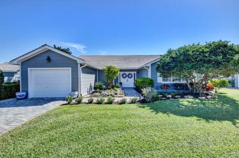15 Holly Drive Boynton Beach FL 33436