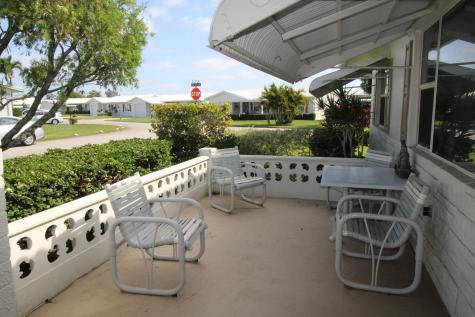 2000 Sw 20th Place Boynton Beach FL 33426