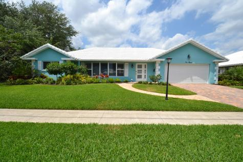 1011 Sw Hickory Terrace Boca Raton FL 33486