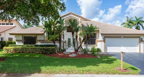 8872 Nw 54 Street Coral Springs FL 33067