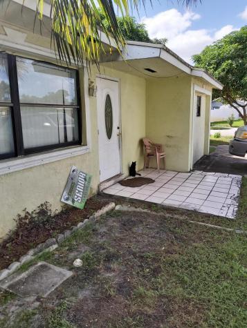 2020 Sw 13th Street Street Delray Beach FL 33445