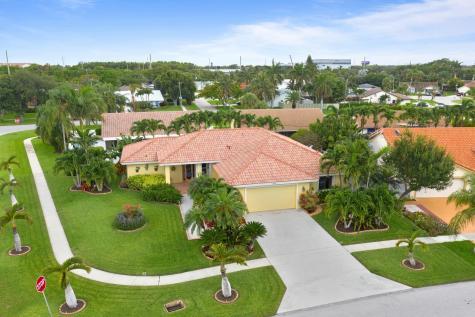 435 Redwood Lane Boca Raton FL 33487