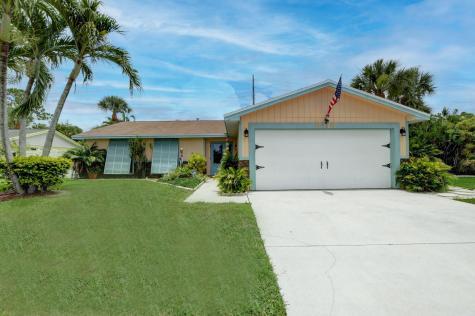 8348 Little Beth Drive Boynton Beach FL 33472