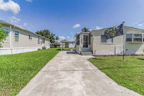 4079 N Shady Lane Boynton Beach FL 33436