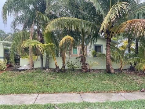 621 Ne 2nd Place Dania Beach FL 33004