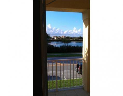 1229 Via De Fossi Boynton Beach FL 33426