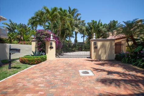548 Commodore Circle Delray Beach FL 33483