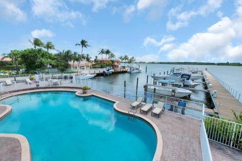 127 Harbors Way Boynton Beach FL 33435