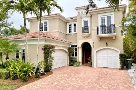 17963 Lake Azure Way Boca Raton FL 33496