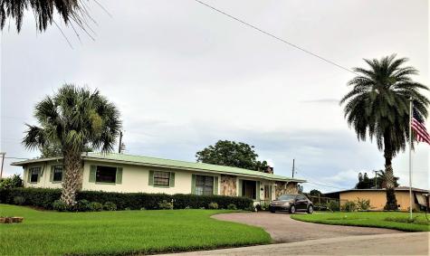 317 Ne 3rd Street Belle Glade FL 33430