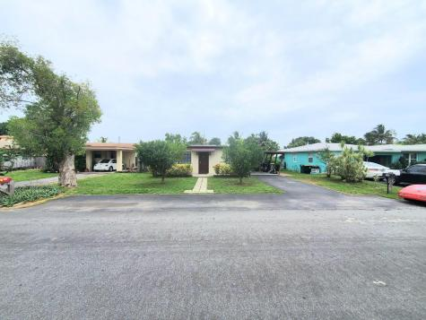 610 Nw 8 Street Dania Beach FL 33004