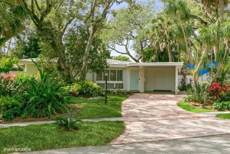 672 Sw 4th Street Boca Raton FL 33486