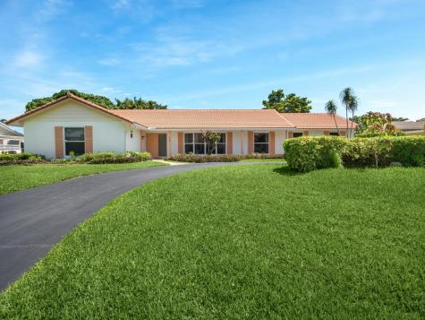 473 N Country Club Drive Atlantis FL 33462