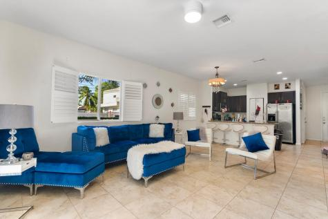 351 Se 1st Way Deerfield Beach FL 33441