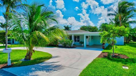 276 Ne 28th Terrace Boca Raton FL 33431