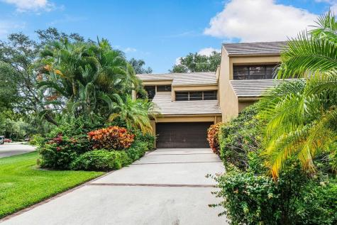 748 Saint Albans Drive Boca Raton FL 33486