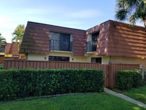 214 Live Oak Lane Boynton Beach FL 33436