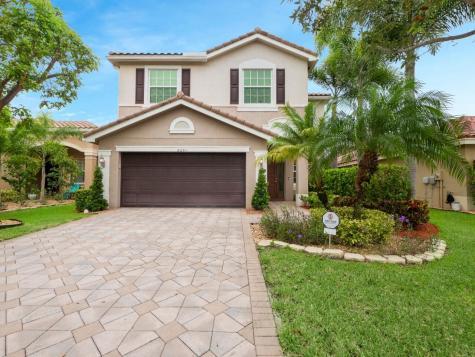 8291 Calabria Lakes Drive Boynton Beach FL 33473
