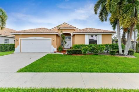 9241 Cove Point Circle Boynton Beach FL 33472