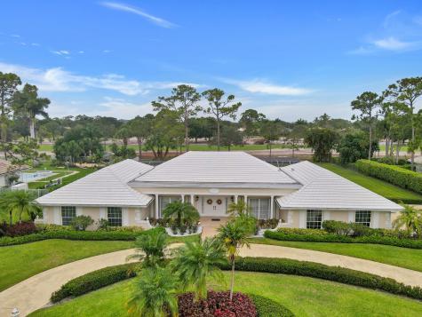 625 Atlantis Estates Way Atlantis FL 33462