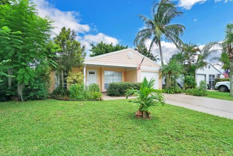 8280 Huntsman Place Boca Raton FL 33433