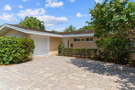 943 W Camino Real Boca Raton FL 33486