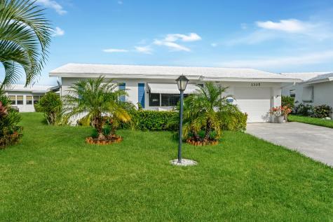 1305 Sw 21st Street Boynton Beach FL 33426