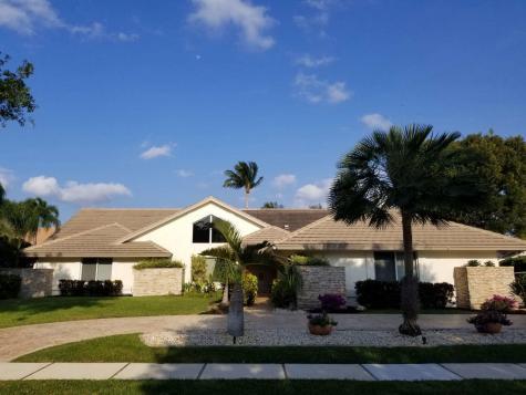 4320 Saint Charles Way Boca Raton FL 33434