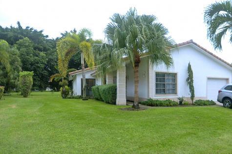 10161 Camelback Lane Boca Raton FL 33498