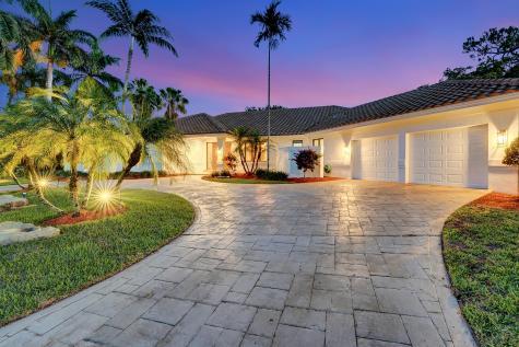 4235 Saint Charles Way Boca Raton FL 33434
