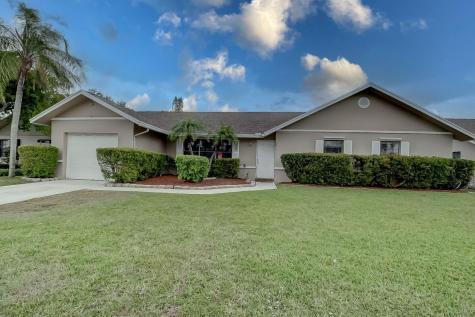 46 Cedar Circle Boynton Beach FL 33436
