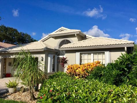6717 Sun River Road Boynton Beach FL 33437