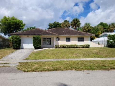 1085 Sw 12th Street Boca Raton FL 33486