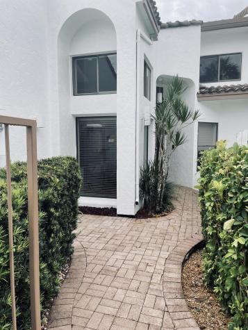 6734 Woodbridge Drive Boca Raton FL 33434
