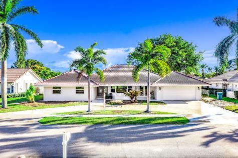 822 Sw 33rd Place Boynton Beach FL 33435