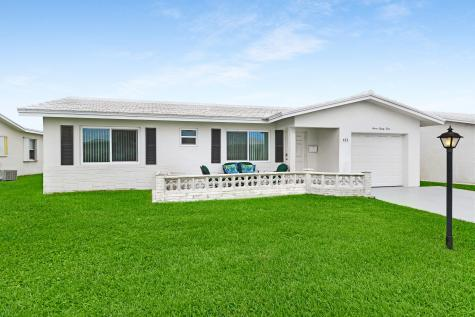 723 Sw 18th Court Boynton Beach FL 33426