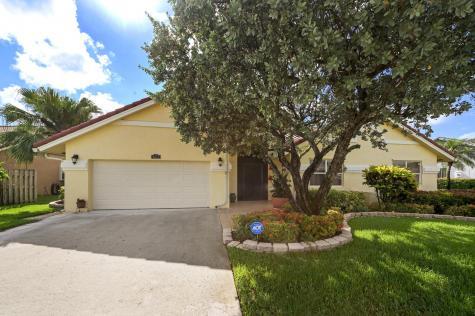 9677 El Clair Ranch Boynton Beach FL 33437