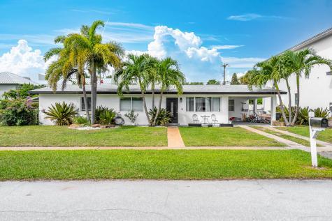 1071 Ne 2nd Terrace Boca Raton FL 33432