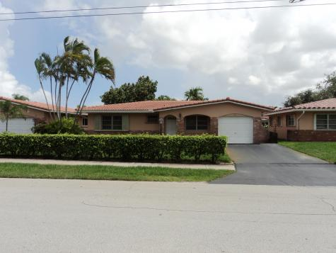 1218 Nw 45th Street Deerfield Beach FL 33064