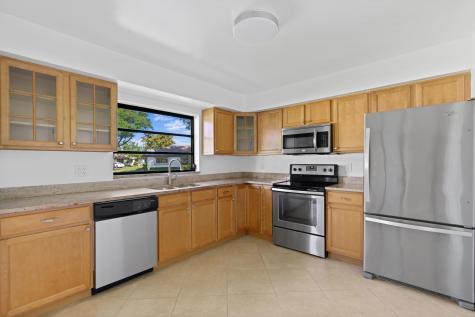 4877 Hawkwood Drive Boynton Beach FL 33436