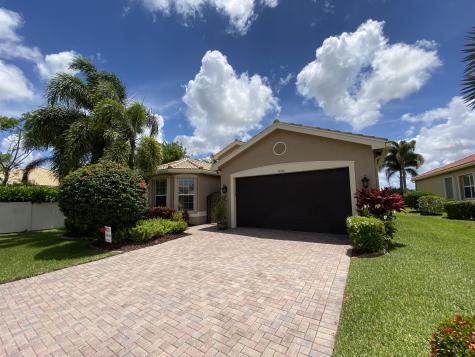 10784 Carmelcove Circle Boynton Beach FL 33473