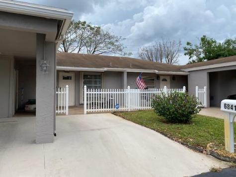 6841 Moonlit Drive Delray Beach FL 33446
