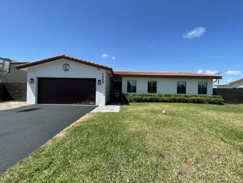 7999 E Country Club Boulevard Boca Raton FL 33487