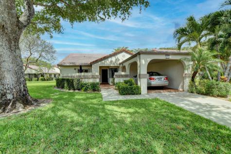 5667 Parkwalk Circle Boynton Beach FL 33472