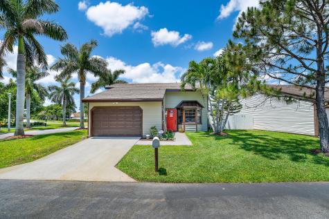 15 Paxford Lane Boynton Beach FL 33426