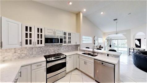 7945 Sailing Shores Terrace Boynton Beach FL 33473