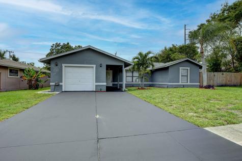 736 W Ocean Avenue Boynton Beach FL 33426