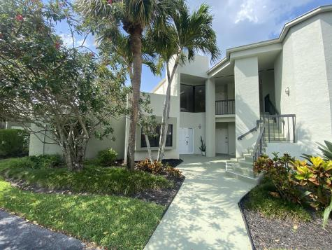 6371 La Costa Drive Boca Raton FL 33433