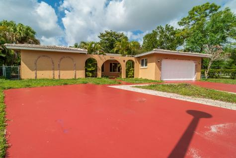 8680 Nw 32nd Street Coral Springs FL 33065