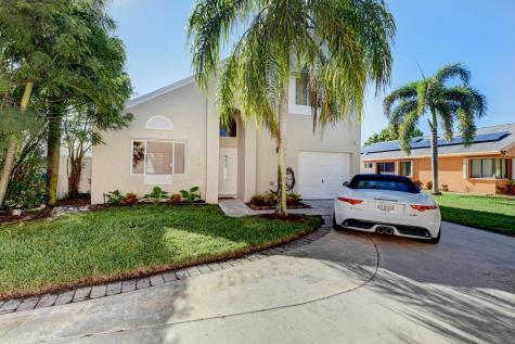 9 Elton Place Boynton Beach FL 33426
